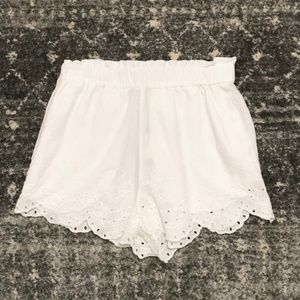NWT H&M White Shorts Embroidered Scalloped